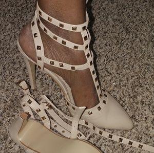 Shoes - Valentino Like Heels